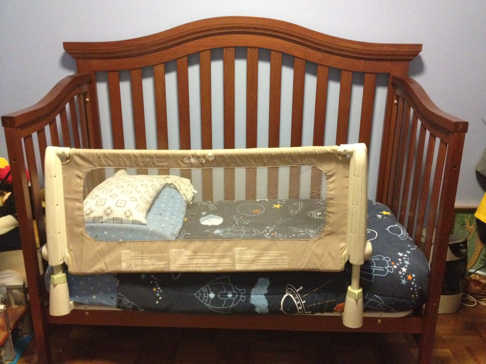 Gently Used Munire Charleston Cribs